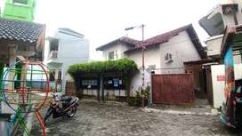 Kost - kostan plus rumah induk tamansiswa mergangsan kota Yogyakart