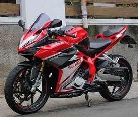 Honda CBR250RR ABS 2017 Mulus trawat Low KM merah red CBR 250 RR 250RR