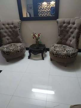Bedroom chairs with coffee table for sale