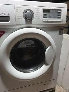 LG 7.5kg front loading washing machine