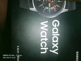 Samsung galaxy 4.6 smart watch
