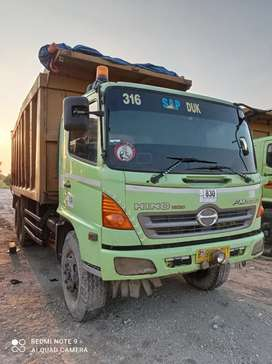 Dump Truk Hino Lohan FM260JD Tronton Th. 2013