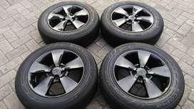 Ring16 Pcd 5x114,3 Velg Copotan Toyota kijang Innova dan Ban