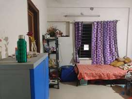 Rooms available only for girls in Infocity Area