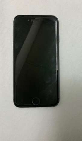 Iphone 8 64gb + accesories *great condition*