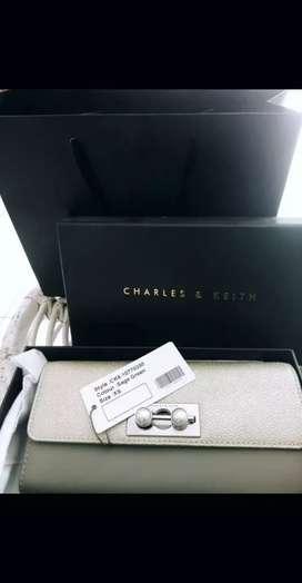 CHARLES & KEITH ORI