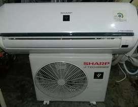 Jual ac sharp inverter 1/2 pk, pemakaian 6 bln