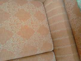 7 seter sofa good condition original molty foam