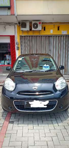 Jual cepat Nissan March 1.2 (4x2) A/T 2013 (NEGO)