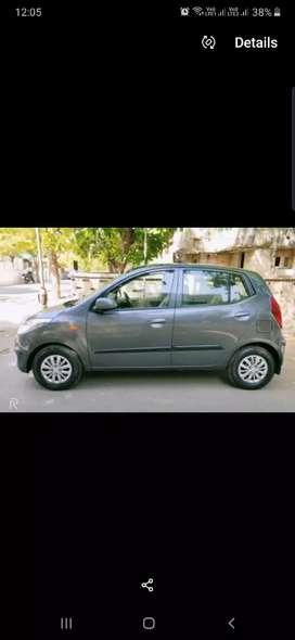 Hyundai i10  magna 1.1  gray colour