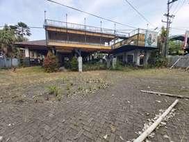 Bangunan Ex Cafe Tanah Sangat Luas Dekat Jatim Park 3 Lokasi Strategis