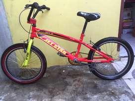 Sepeda JET STAR untuk usia sekita 9-13 tahun(BOLEH NEGO SAMPE JADI)