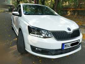 Skoda Rapid 2018 Petrol 28000 Km Top Model under warranty