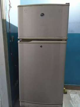 pel fridge for seal normal size good working condition
