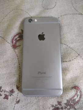 iPhone 6 16gb storage {excellent condition}