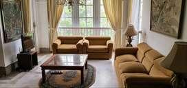Apartemen Mewah, Nyaman & Luas 2+1 Kamar Tidur di Permata Hijau