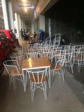 Meja kursi cafe kaki beton jati belanda