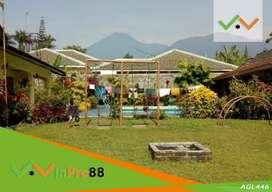 Dijual Villa Dengan Bangunan Aestetik Ada Kolam Renang di Cipanas