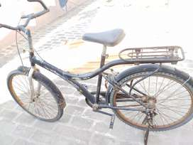 I want to sell sharp shooter black bicycle