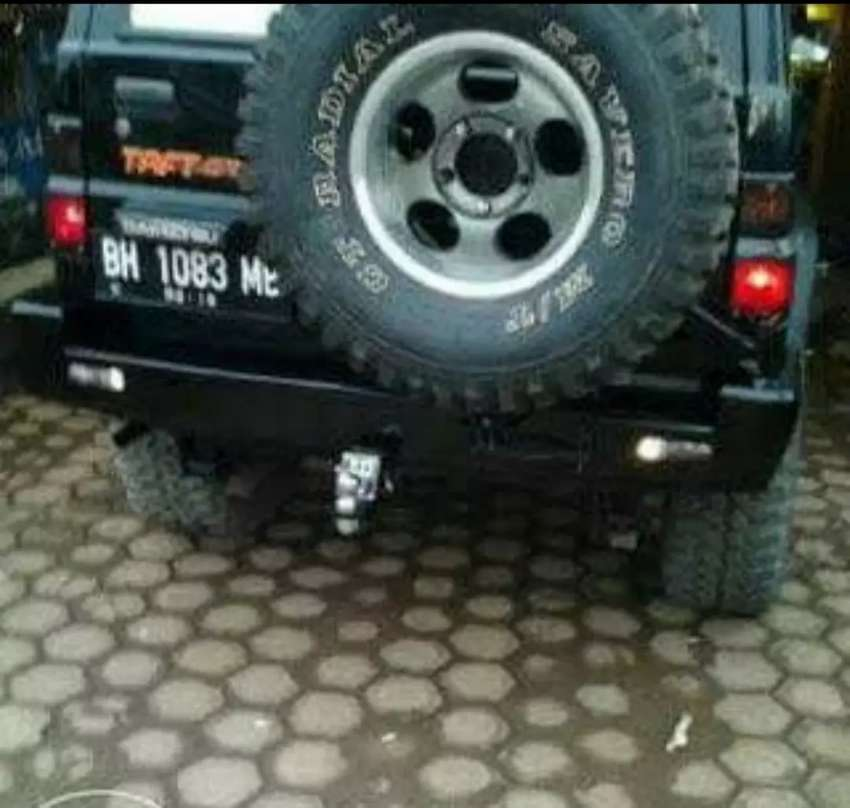 Bumper belakang taft GT gantungan ban 0