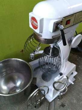 Mixer roti/ donut/cake/pastry.second 20 ltr mulus terawat baik