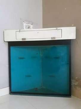 Want to sell corner fish tank