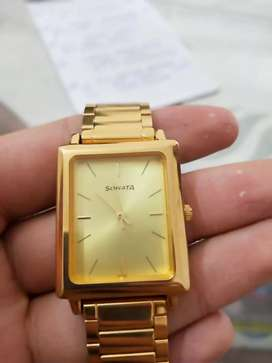 Brand New gold sonata watch in excellent condition