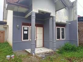BUTUH UANG!! Dijual/Dikontrakkan SEGERA Rumah Type 45 di Daerah Malang