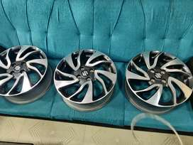 16 inches baleno and glanza OEM diamond cut stock light uesd alloys