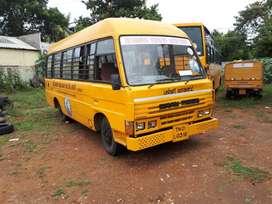 school bus sml 25 seats 2006 model