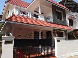 House for Sale at Ponnurunni, Kochi