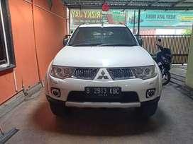 Pajero sport Dakar 4x2 diesel matic 13/12