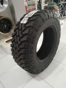 BAN MOBIL TOYO OPEN COUNTRY MT 33X12.5 R18 ON PAJERO,RUBICON,NAVARA