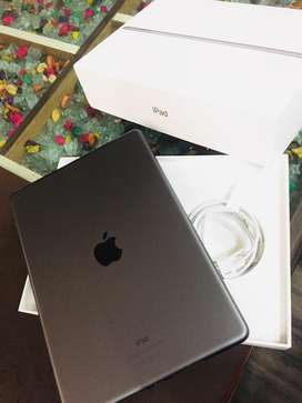 iPad 7th Gen. 32GB JUST LIKE NEW