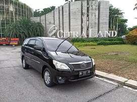 Toyota kijang innova 2,0 tahun 2013