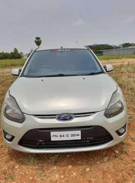 Ford Figo 1.2P Titanium MT, 2011, Diesel
