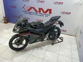 Yamaha R15 v2 hitam 2015 Anugerah Motor Rungkut Tengah