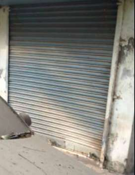 shop on rent in khar (E)
