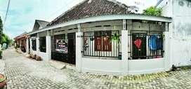 Dijual Rumah Tengah Kota Madiun Jalan Thamrin