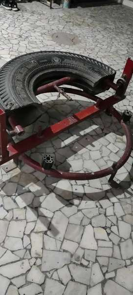 Gym equipment in good condition for sale