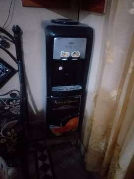 Used condition 10/10 nas gas water dispenser