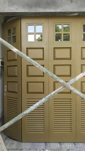 pintu garasi geser/tikung