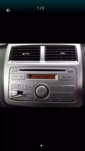 Tape mobil bawaan Agya