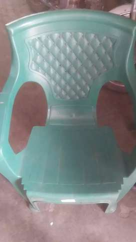 6 plastic chair green