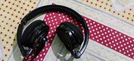 Headphone for mobile & tablets laptop also, used few months looks well