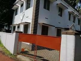 Vellimadukkunnu 2bhk apartments for rent