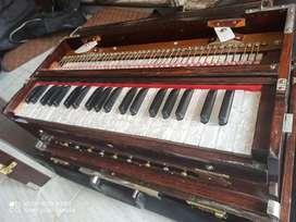 German Red  harmonium 7 below suitcase type