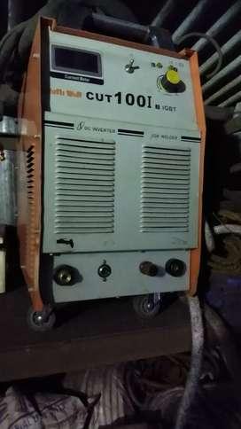 Plasma cutting machine 100i Rs. 90000/-