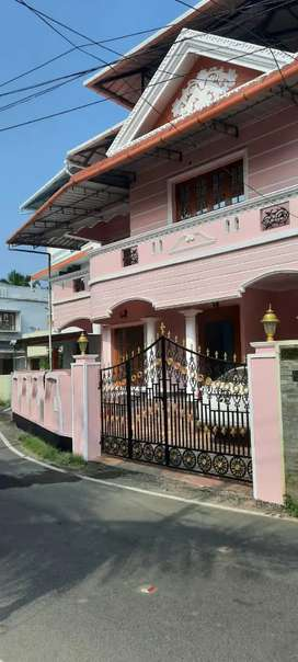 3 BHK INDEPENDENT HOUSE FOR RENT AT PALARIVATTOM VENNALA