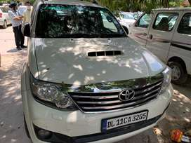 Toyota fortuner automatic 2013 perfect condition celebrity car